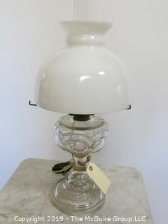 Collectibles: Kerosene lamp: Electrified: Smooth curved pressed Glass shade