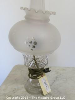 Collectibles: Kerosene lamp: Electrified: Glass Electric Table Lamp Frosted Globe with frills
