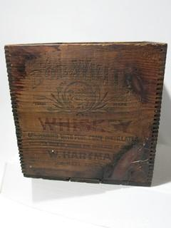 Advertising: Wood Crate: VTG: (refer to photos for condition): BOB WHITE WHISKEY