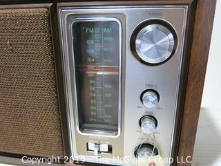 Electronics: VTG Radio: SONY AM/FM NC-9650W Transistor