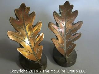 Bronze Oak Leaf Design Book Ends: Philadelphia Mfg.