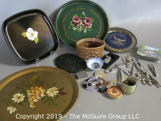 WYSIWYG: Decorative trays and scissor assortment