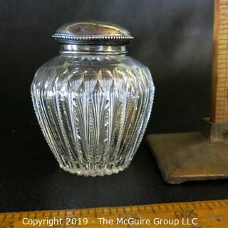 Vanity Glass w/ Silver lid