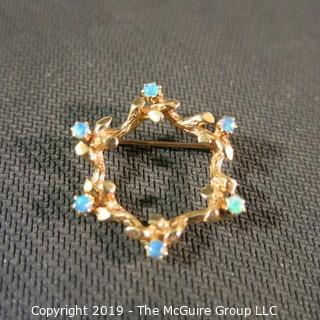 Jewelry: Mid-20th C. 14K Yellow gold, 6-pointed star brooch, 20 x 26 mm, with 6 vibrant blue green opals; 5 grams total weight; (TMG 775)