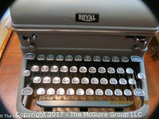 Royal Desk typewriter