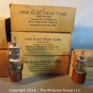 Collectible: Vacuum Tubes: Sylvania; WYSIWYG x8 large