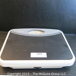 Household: bathroom scale