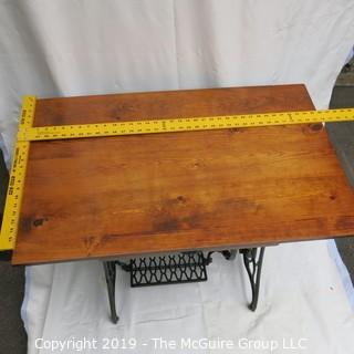 Furniture: Vintage: Antique: work table desk w/drawer from pedal SINGER sewing machine base
