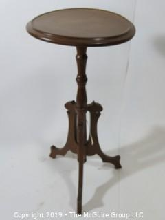 "Furniture: Vintage: Antique: Small Round Three footed Tea Table 18D x 30""T"