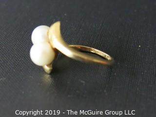Jewelry: Gold: 14K: Ring - two pearls; Size 5 (TMG #0643)