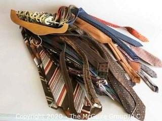 Group of Men's Vintage Neck Ties A