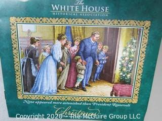 2011 White House Official Holiday Ornament - in box