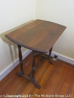Wooden Side Table with Scrolled Legs; 16 1/2 x 25 1/2 x 26T