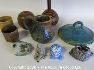 Group of 10 Ceramic Decorative Items