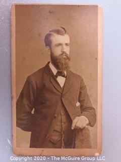 Cartes-de-Visite CDV Antique Cabinet Photo Card - Man - Photographer J. Beerwald Art Studio, Wilmington Delaware