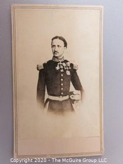 Cartes-de-Visite CDV Antique Cabinet Photo Card - Officer in Uniform