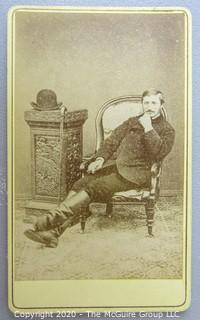 Cartes-de-Visite CDV Antique Cabinet Photo Card - Man in Chair