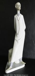 """Vintage Lladro Porcelain Figurine """"Doctor Medico"""". Measures approximately 15 1/2"""" tall."""