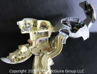 Star Wars Micro Machines Death Star Expandable Playset Galoob, 1997 Lucas Films LTD.