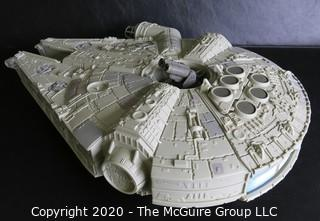 Star Wars 1995 Millenium Falcon Playset Made by Galoob Toy.