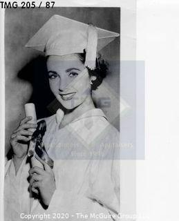Photo: Print: Press Release: Movie Star: Young Liz Taylor