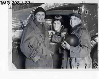 Photo: Print: Press Release: Vintage TV: Alan Alda MASH