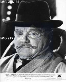 Photo: Print: Press Release: Vintage Movie: James Cagney in movie Ragtime