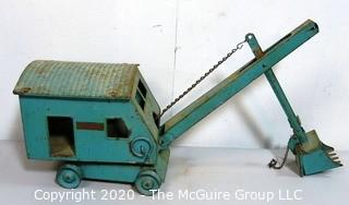 Vintage Steel Steam Shovel Toy by Structo Toys