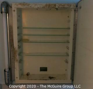 "Vintage: Art Deco: Mirrored bathroom cabinet w/ fluorescent lights 23"" x 24"""