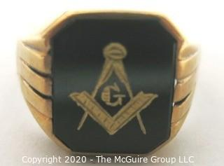 Men's 10kt Gold and Enamel Masonic Masons Ring; 5.5g