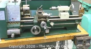 GRIZZLY MODEL G4000 METAL LATHE