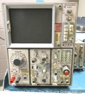 Tektronix 7603 General Purpose 100MHz Tracer Oscilloscope w/ Cart, Modules, manuals