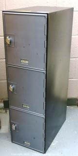 Stand Alone Locker with (3) Cabinets.