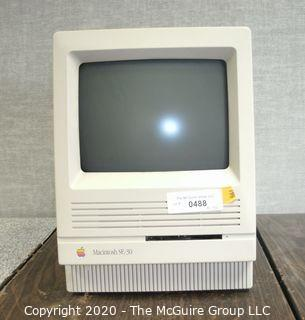 Vintage Classic Apple MAC Macintosh SE-30 CPU Computer Made in September 1991