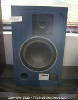 Single (1) VINTAGE JBL 4301B Control Monitor Speaker