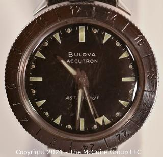 "Bulova 1967 (M7) ""Astronaut"" Accutron tuning fork Men's Wristwatch, new battery (387) installed, runs true, no noticeable +/- after 60:00 stopwatch test. Vintage BMC SS band."