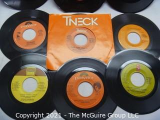 Vinyl Record: 45rpm: Various (9) 70's pop  various artists - Soul Isley Bros James Brown