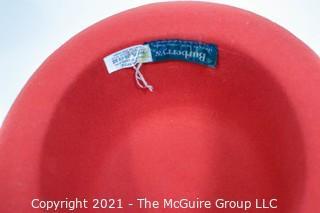 Red Wool Woman's Burberrys Hat