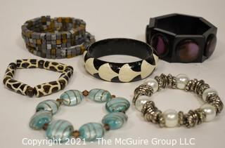 Group of (6) Stretch & Bangle Costume Jewelry Bracelets.