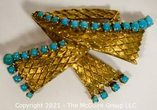 """Vintage 18kt Gold Textured Brooch or Pin with Blue Gemstones.   Measures approximately 2"""" long and 17.6g in weight."""