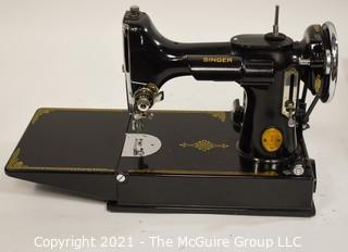Vintage Singer Featherweight Sewing Machine in Case; believed to be complete