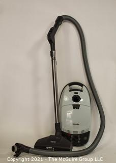 Miele Solaris Turbo Plus Vacuum Cleaner, Working Condition.