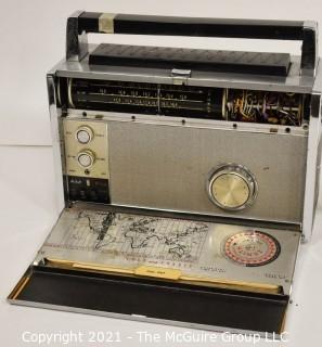 "Collectible: Radio: Zenith Model Royal ""3000-1"" Trans-Oceanic Portable Multiband Radio (1)"