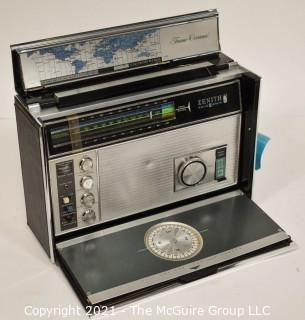 """Collectible: Radio: Zenith Model Royal """"7000-1"""" Trans-Oceanic Portable Multiband Radio  UPDATED 5/13/21 new photos added"""