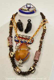 African necklace, carvings and similar items