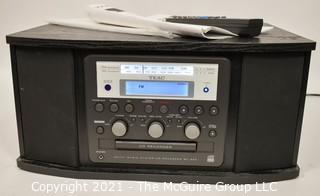 Electronics: Modern: TEAC AM/FM/CD-RW and Phonograph Player
