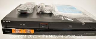 Electronics: Modern: SONY RDR-VXD655 VCR & DVD player & recorder in box w/ remote and paperwork