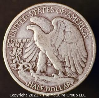 Coins: Silver: Walking Liberty Half Dollar: 1939-P
