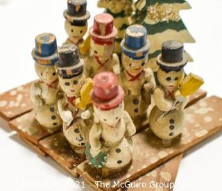 Vintage: Christmas: Creche and lighting and kitsch