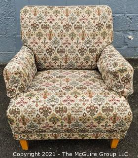 Vintage: Furnishing: Sturdy Clean Re-Upholstered Arm Chair with Woven Fabric